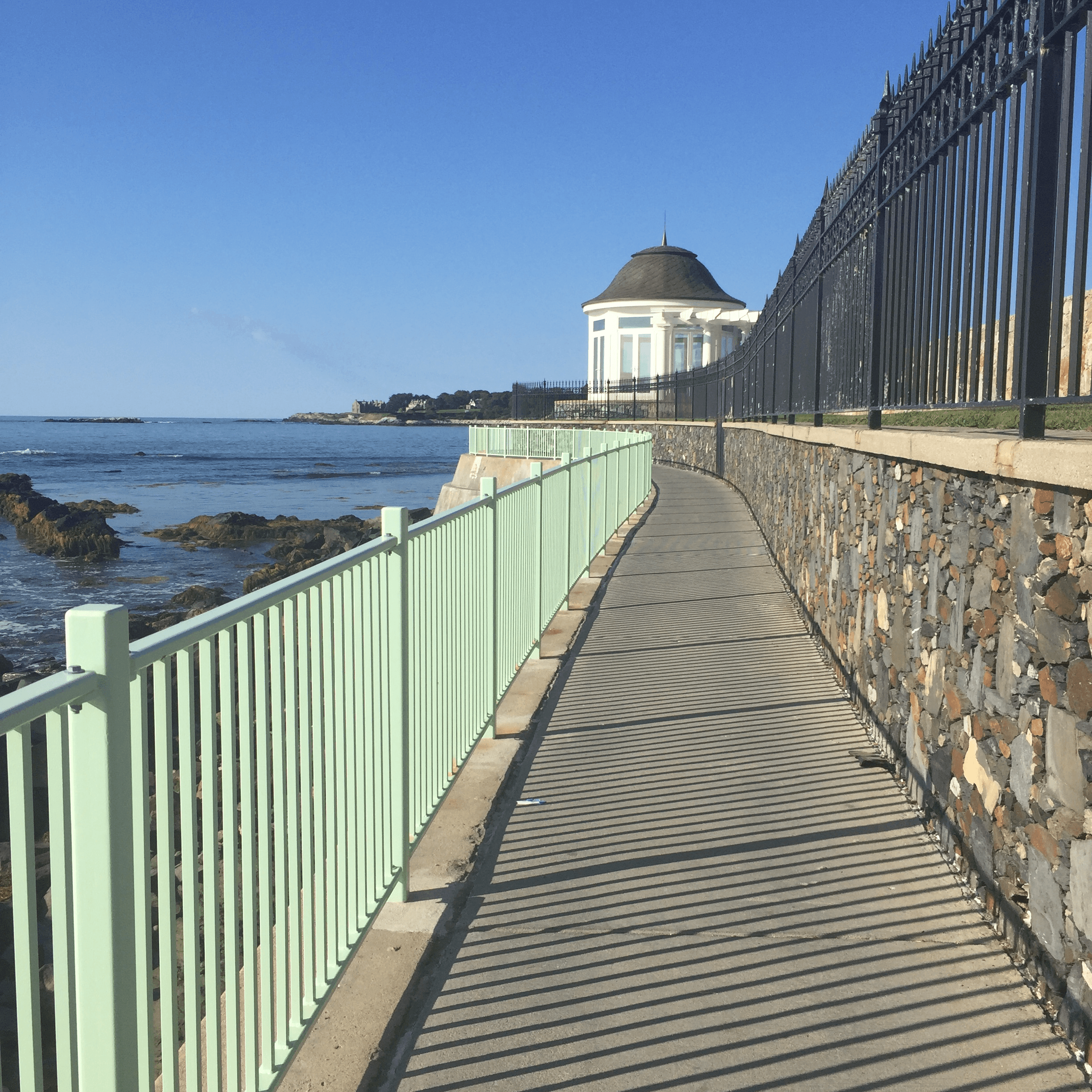 angelsea cliff walk newport RI