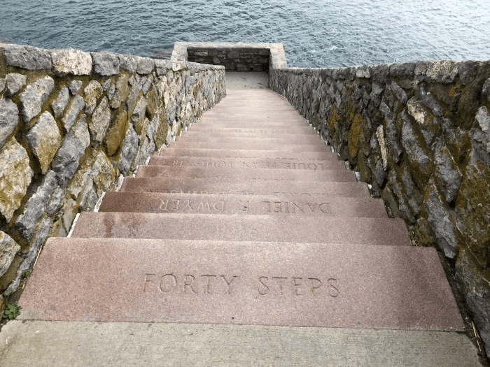 Forty steps newport cliff walk